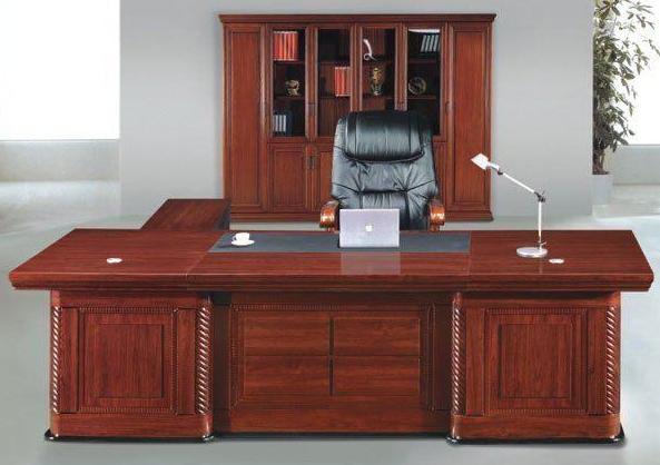 南昌办公家具回收,老板桌椅、大班台、员工位、办公桌椅回收