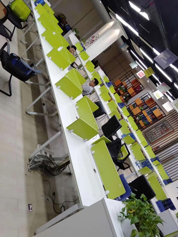南昌办公桌回收、衣橱回收、会议桌回收、餐桌回收、老板桌回收、工作位回收、屏风、