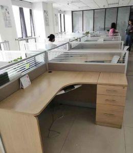 南昌二手办公家具回收 回收会议桌椅 大量班台桌回收 员工隔断屏风回收